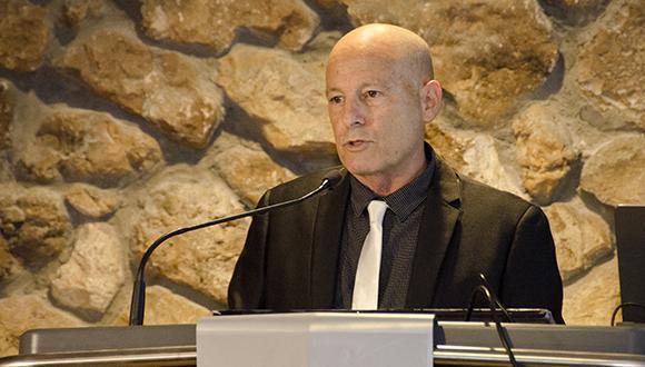 Dr. Zeev Ma'or